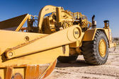 Caterpillar Wheel Tractor Scraper — Stock Photo