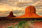 Evening Shadows in Monument Valley — Stock Photo