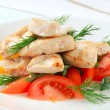 Chicken breast pieces with vegetables - Stockfoto