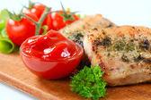 Pancia di maiale speziata e sugo di pomodoro — Foto Stock