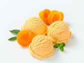 Apricot ice cream — Stock Photo