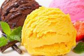 冰激淋甜点 — 图库照片