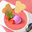 Chilled strawberry soup — Stock Photo