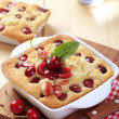 Cherry sponge cakes — Stock Photo