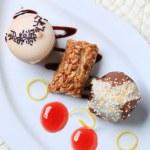 Small desserts — Stock Photo