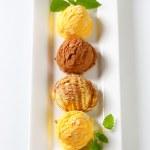 Scoops of ice cream — Stock Photo