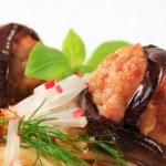 Eggplant wrapped meatballs with spaghetti — Stock Photo