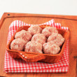 Raw meatballs — Stock Photo