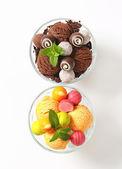 Coupe Lody czekoladowe trufle i Cukierki-pralinki — Zdjęcie stockowe