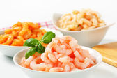 Plain and seasoned shrimps — Stock Photo