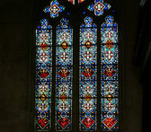 Stained glass window. Gothic cathedral of Saint Gatien (built between 1170 and 1547), Tours, France — Stock Photo