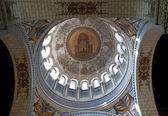 Interior of the Basilica of Saint-Martin, Tours — Stock Photo