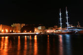 Rhodes island landmark, Mandraki Port, Greece — Stock Photo