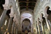 Interior of the Basilica of Saint-Martin, Tours, France — Stock Photo