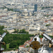 Telescope viewer and city skyline at daytime. Paris, France. — Stock Photo #18405935