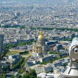 Telescope viewer and city skyline at daytime. Paris, France. — Stock Photo #18406091