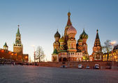 Saint Basils cathedral at night, Red Square, Moscow, Russia — Stock Photo
