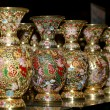 Traditional Chinese vases at a Chinese market — Stock Photo #36455327