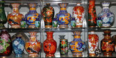 Traditional Chinese vases at a Chinese market — Photo