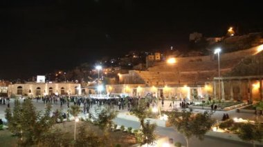 Roman Theatre in Amman (at night), Jordan -- theatre was built the reign of Antonius Pius (138-161 CE), large and steeply raked structure could seat about 6000 people — Stock Video