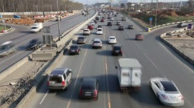 Traffic on the highway of big city, Moscow Automobile Ring Road (MKAD) , Russia — Stock Video