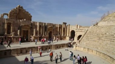Amphitheater in Jerash (Gerasa of Antiquity), capital and largest city of Jerash Governorate, Jordan — Stock Video