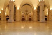 King Hussein Bin Talal mosque in Amman (at night), Jordan — Stock Photo