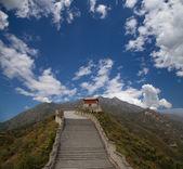 Vista de uma das seções mais cênica da grande muralha da china, ao norte de Pequim — Fotografia Stock
