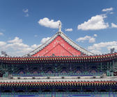 Roof decorations on the territory Giant Wild Goose Pagoda, is a Buddhist pagoda located in southern Xian (Sian, Xi'an), Shaanxi province, China — Stockfoto