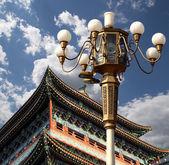 正のゲート (前門)。この有名なゲートは中国北京の天安門広場の南に位置 — ストック写真