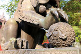 Bronze Guardian Lion Statue in Yonghe Temple (Lama Temple) in Beijing, China — Stock Photo