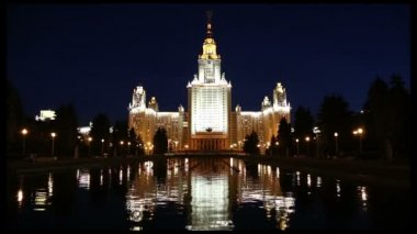 Lomonosov Moscow State University (at night), main building, Russia — Stok video