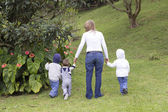 Lovely Mother With Her Children Outdoors — Stockfoto