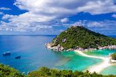 Beautiful tropical island — Stock Photo