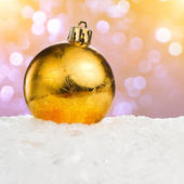 Golden Christmas ball — ストック写真