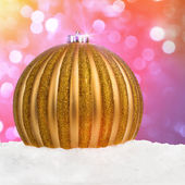 Golden Christmas ball — Stok fotoğraf