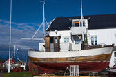 Old Wooden Fishing Boat on the Lofoten, Norway — Stok fotoğraf