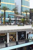 Larcomar Mall and Marriott Hotel in Miraflores, Lima, Peru — Stock Photo
