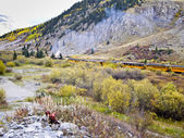 Steam Train in Rocky Mountain high country in Fall Colorado — Stock Photo