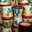 Flowerpots stacked in Mexican market — Stock Photo