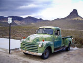 Vintage Chevy Truck — Stock Photo