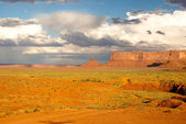 Monument Valley brightens after a Summer storm — Stock Photo