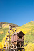 Mining structure in Colorado Mountains — Stock Photo