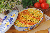Casserole of pasta with zucchini and tomato with cheese — Stock Photo