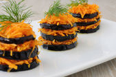 Fried eggplant with carrots — Stockfoto