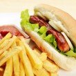 Appetizing hot dog — Stock Photo
