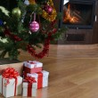 Christmas tree and  gift — Foto de Stock