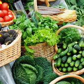 Muchos diferentes verduras ecológicas — Foto de Stock