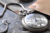 Relógio com corrente — Foto Stock