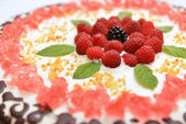 Cake with raspberry — Stock Photo